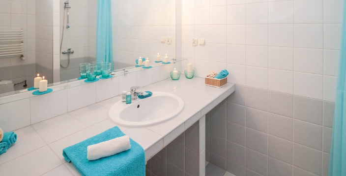 Mold in Bathroom What Causes It and How to Minimize It